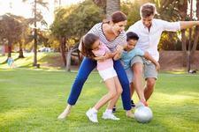 5 idei de jocuri in aer liber pentru intreaga familie