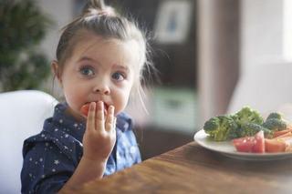 Cum inveti copilul sa manance sanatos