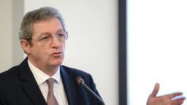 """Proiectul lui Streinu-Cercel:  """"Izolare totala pentru categoria de varsta 40-65 de ani"""""""