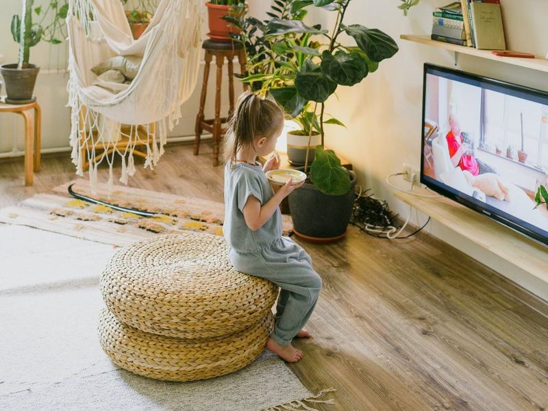 Motivul pentru care copiii pot viziona acelasi film de 100 de ori, fara sa se plictiseasca