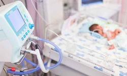 Bebelus de 6 saptamani din Baia Mare, infectat cu coronavirus de la un membru din familie