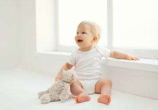 Etape ale dezvoltarii copilului in primele sase luni de viata
