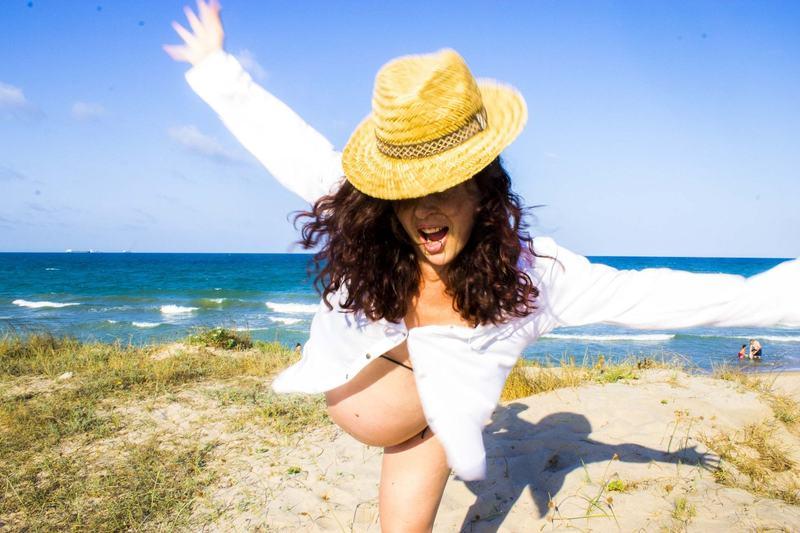 Ingrijirea pielii in sarcina pe timp de vara. Cum alegi crema cu SPF si cum o folosesti