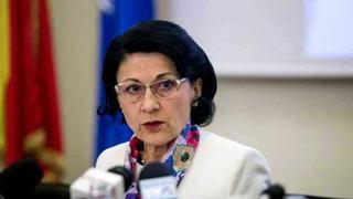 Ecaterina Andronescu: Exista posibilitatea sa se inchida scolile in cazul fenomenelor meteo severe anuntate
