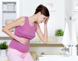 7 simptome care nu trebuie sa te sperie in primul trimestru de sarcina