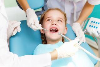 Cum sa faci vizitele copilului la dentist mai usoare