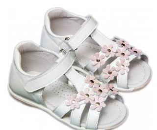 Top sandale pentru copii, preferatele noastre