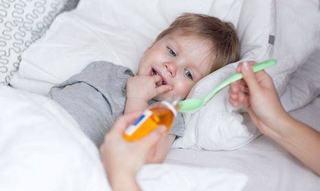 STUDIU Administrarea antibioticelor la copiii pana in 2 ani poate duce la probleme cronice de sanatate