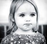 Semne ale carentei afective la copii. Cum stii cand copilul tau se simte neiubit