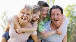 Familia IDEALA nu trebuie sa fie perfecta, trebuie sa fie UNITA