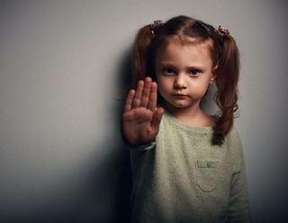 Cum sa-ti inveti copilul sa Nu se distreze pe seama altora