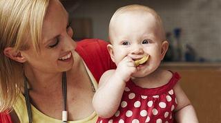 Cand introducem caisa in alimentatia copilului