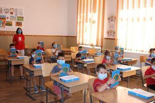 Salvati Copiii Romania accelereaza dotarea copiilor vulnerabili cu tablete si acces la internet