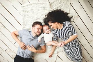 Captureaza si pastreaza cele mai dragi momente ale copilului tau prin poze desprinse din basme