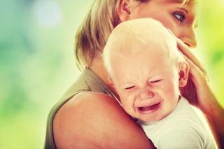 De ce copilul meu plange atat de mult? Ce trebuie sa fac?