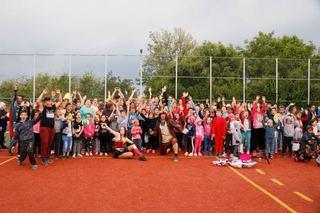 Peste 1.200 de copii au primit cadouri cu ocazia sarbatoririi zilei de 1 Iunie