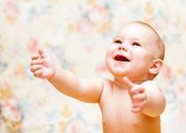 Gura copilului tau, inainte de aparitia dintilor