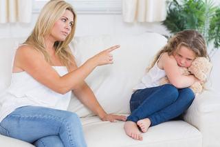 Atentie, parinti! Pedeapsa fizica NU corecteaza comportamentul copiilor!