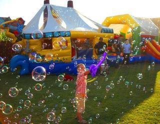 Super petrecere tematica pentru copilul tau!