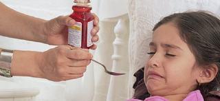 Ce trebuie sa faci daca copilul vomita medicamentul