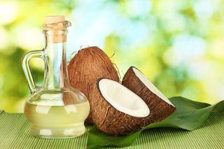Utilizari ale uleiului de cocos pentru bebelusi, copii si mamici