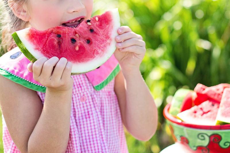 Cum alegi gustari sanatoase pentru copiii tai. Ce trebuie sa  contina
