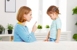 Cele 10 reguli pentru a stapani un copil furios