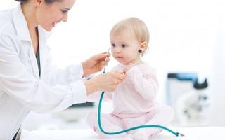 Scrisoarea unui medic pediatru catre mamele care se intreaba ce este mai bine pentru copiii lor