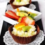 Cosulete de ciocolata cu crema de cocos