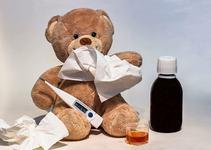 Copilul are meningita? La ce trebuie sa fii atent pentru a o detecta din faze incipiente