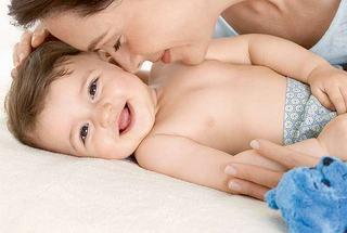 Ingrijire delicata pentru bebelusul tau inca de la prima atingere