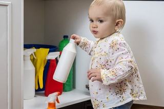 Intoxicatia cu pesticide organofosforice la copii: simptome si tratament