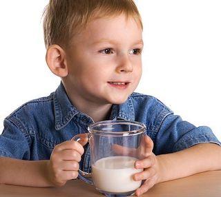 4 nutrienti care lipsesc frecvent copilului