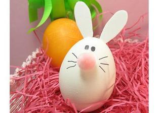 9 idei pentru decorarea oualor de Pasti