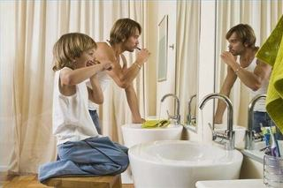 6 secrete sa convingi copiii sa se spele pe dinti