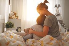 De ce trebuie sa imbratisezi copilul cand este obraznic