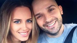 """Sotia lui Andrei Stefanescu, REACTIE dupa criticile la adresa sotului sau:""""Va lamuresc de ce a pupat copilul"""""""
