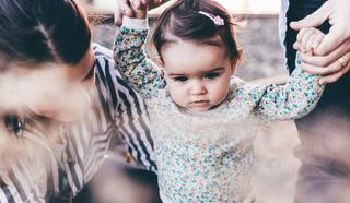 Mami, nu te pedepsi daca nu esti acolo prima oara cand copilul tau face ceva!