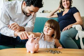 Statul vrea sa imprumute bani de la copii. 600 de lei oferiti pentru 1.200 lei economisiti