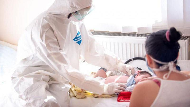 Creste numarul copiilor infectati cu covid. Cati se afla la ATI in stare grava