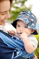 Ce este, cand si cum se poarta wrap-ul pentru bebelusi