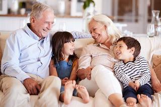 Rolul bunicilor in viata nepotilor