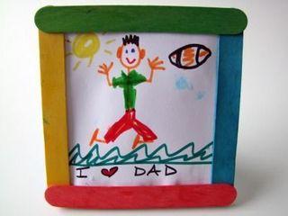 5 cadouri personalizate de copii pentru taticii lor
