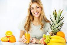 6 sucuri detoxifiante pentru primavara