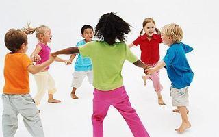 Cum socializeaza copilul la 3-6 ani