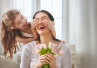 11 semne care iti arata ca mama ta iti este cel mai BUN prieten de pe pamant. Recunosti vreunul?
