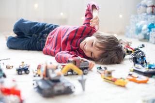 Cat de importanta este joaca pentru dezvoltarea copilului