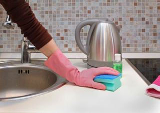 3 pericole invizibile in casa ta