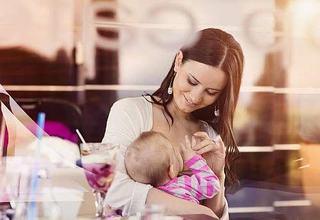 Ghid de stocare a laptelui matern. Cum sa iti pastrezi laptele sanatos pentru bebelus