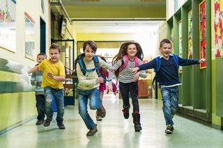 Pauzele ii ajuta pe copii sa invete mai bine la scoala